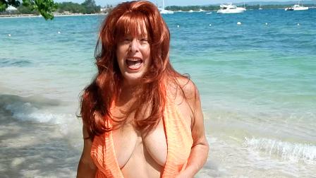 Hello & invite from the Hedonism resort beach (46 sec)