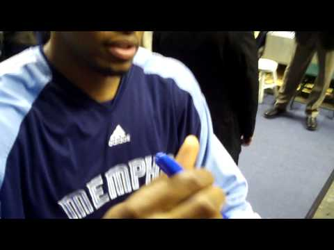 Rudy Gay Signing Autographs in Indianapolis
