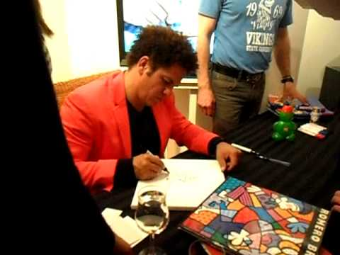 ROMERO BRITTO signing autographs + sketches Hamburg April 2011