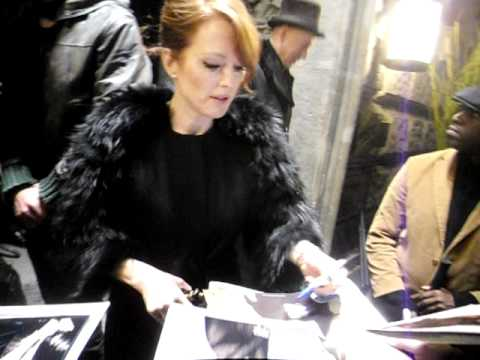 Julianne Moore signing autographs at 19 January 2012 in Berlin