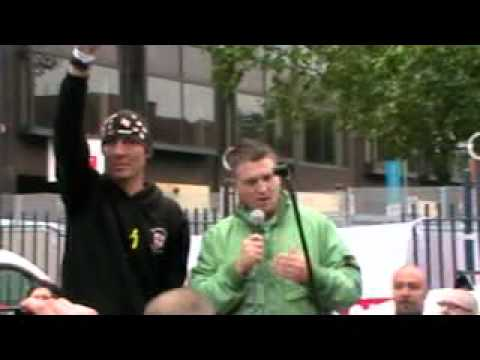 Tommy Robinson's speech in Leicester 9 Oct 2010