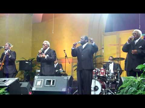 2010 AGQC - Luther Barnes & The Sunset Jubilaires