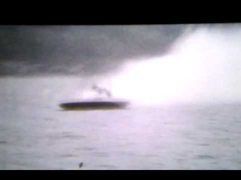 Rare Homemovie of the Cabover Miss Bardahl hydroplane.