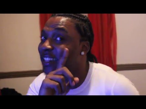 Young Lye freestyling off the Dome / Stack Large EmPire E.M.G.