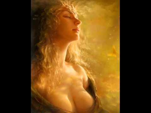 Sorten Muld - GUDINDENS SANG (song of the goddess)