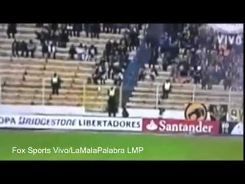 Vídeo mostra Fantasma correndo entre torcedores na Bolívia