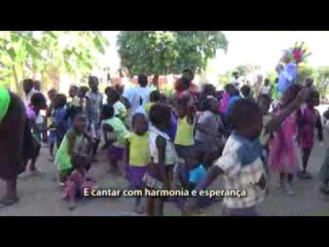 Trabalho Humanitário : Fraternidade Sem Fronteiras - A PAZ