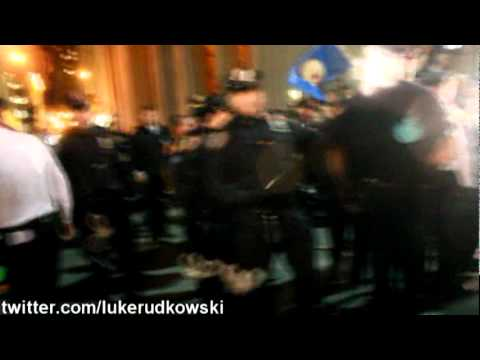 Luke Rudkowski Attacked by Police, Baton to the Gut at Occupy Wall Street Arrests