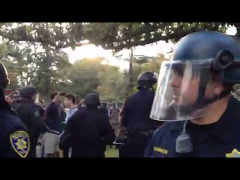 Cops Driven Away By UC Davis Protesters After They Pepper Sprayed Peaceful Protesters