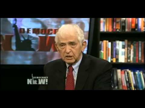 Daniel Ellsberg: Obama should be impeached like Nixon was