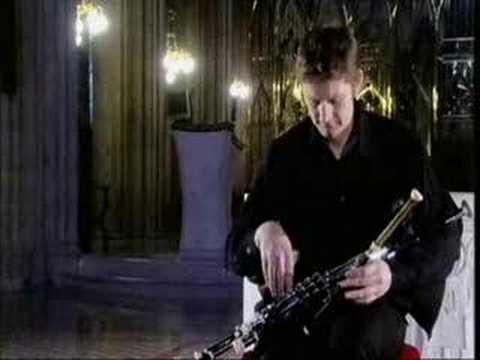 Tiarnan Ó Duinnchinn ~ Uilleann Pipes ~ 2008
