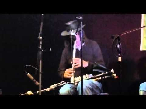 Paddy Keenan ~ Johnny's Tune ~ Low Whistle and Uilleann Pipes