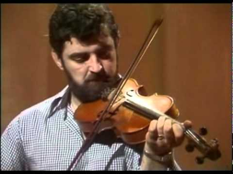 Tommy Peoples : The Laird of Drumblair/Little John's Hame [Strathspeys]