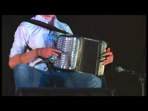 Traditional Irish Music from LiveTrad.com: Téada in Concert  3