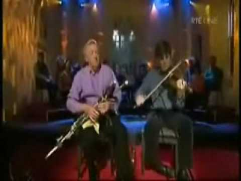 Liam O'Flynn & Paddy Glackin ~ Uilleann Pipes and Fiddle