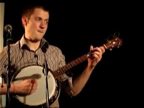 Seán Mc Elwain (banjo) performing with Téada at the Copenhagen Irish Festival (2003)