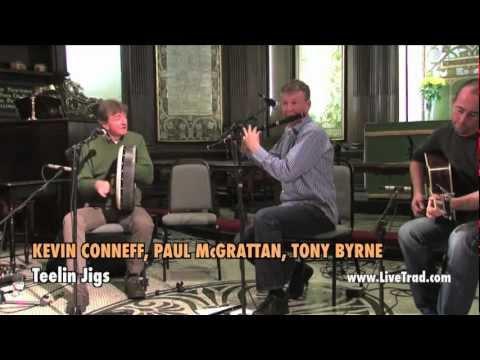Kevin Conneff, Paul McGrattan, Tony Byrne - Traditional Irish Music from LiveTrad.com