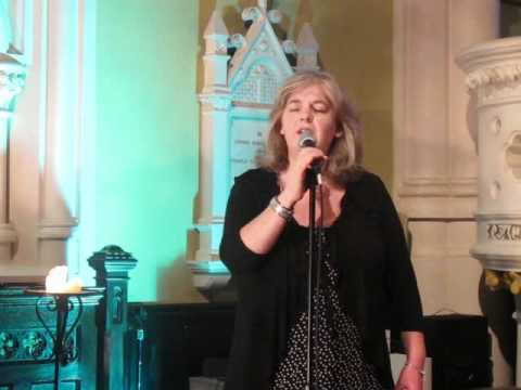 07/06/11 Niamh Parsons at Steeple Sessions 2011