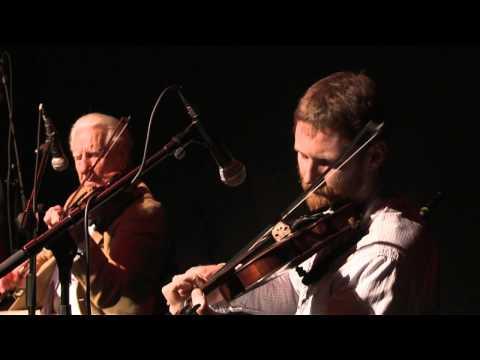 Leitrim Equation 2 -  Fiddles: Traditional Irish Music from LiveTrad.com