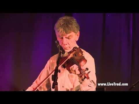 Maurice Lennon at Sligo Live - Clip 3: Traditional Irish Music from LiveTrad.com
