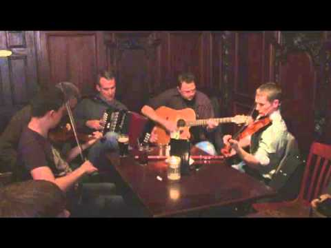 Fergie's Pub - Tradition Irish Music -10th Anniversary Session