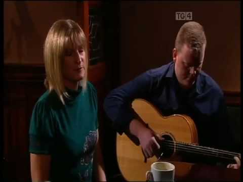 Eleanor Shanley and John McCartin, Is Mise Raifteirí, Leitrim. Geantrai Irish Guitar DADGAD