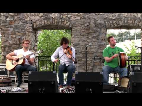 NUA - The Hijack (Live at the Mill Race Folk Festival 2013)