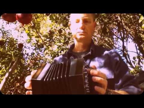 Terry Teahan's Polka on an Anglo concertina
