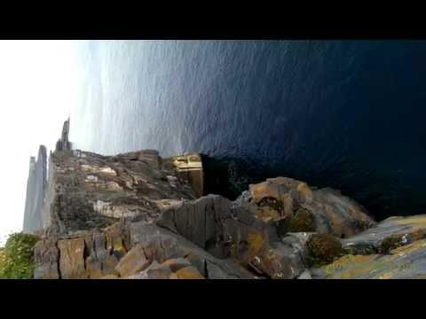 Aran Island Dún Aonghasa cliff edge