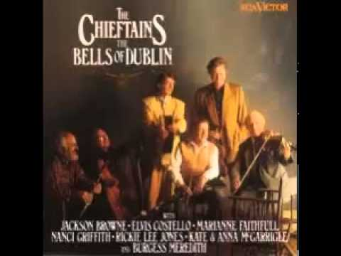 The Chieftains - The Bells of Dublin (Christmas Eve)