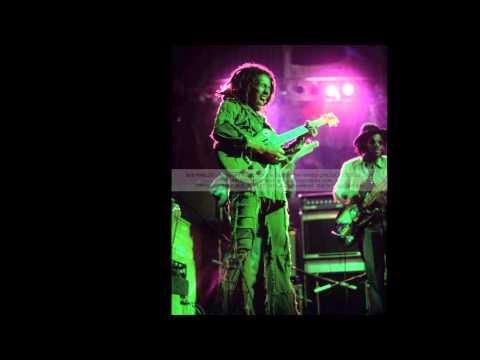 Bob Marley & the Wailers  & DONALD KINSEY- Burnin' and Lottin' - 1976-05-13 Orchestra Hall, St. Paul, Minn. USA SBD