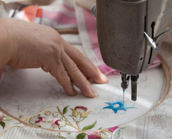 Features and advantages of machine embroidery