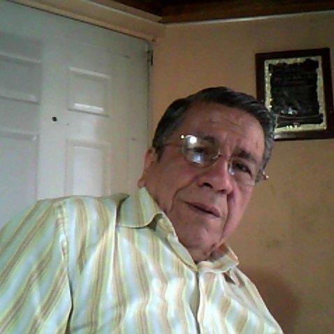 José León L