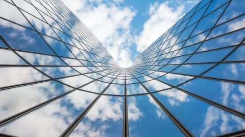How the cloud transforms customer experience in financial services