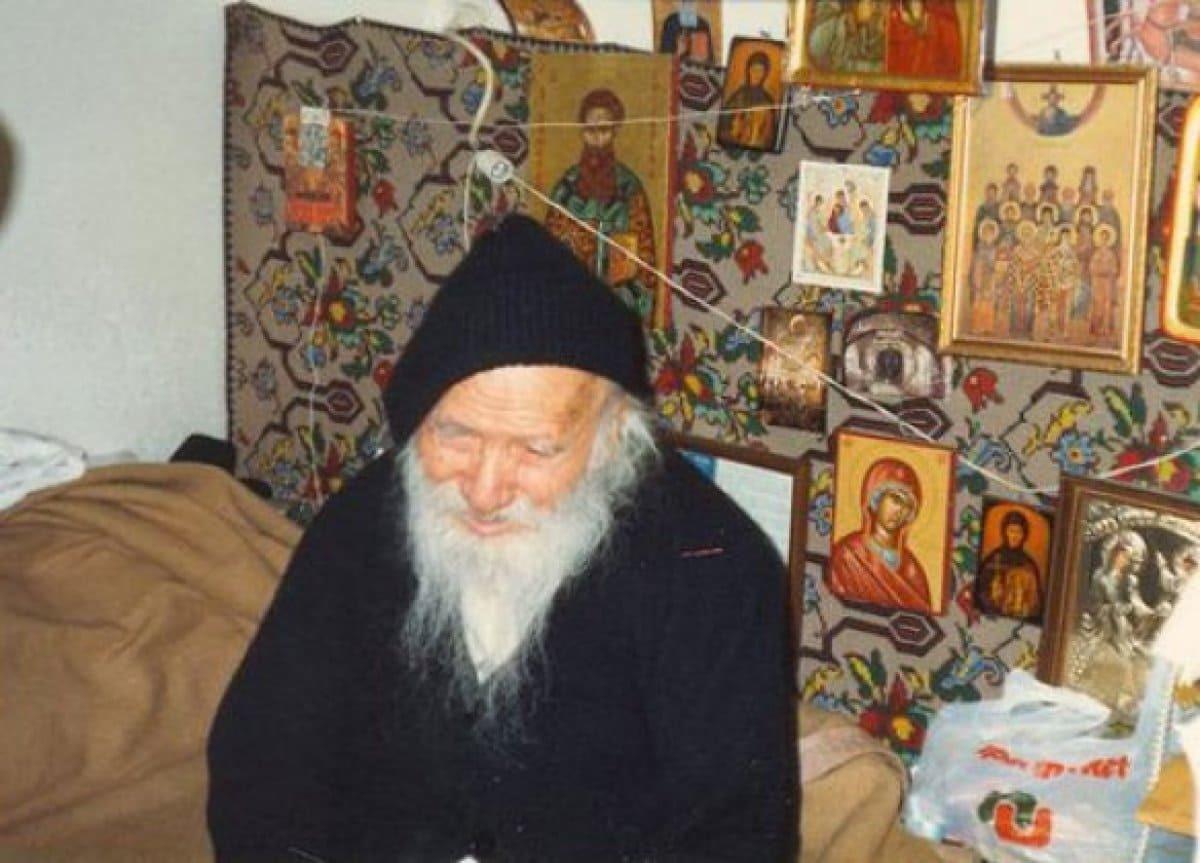 Άγιος Πορφύριος: Πως θα συναντήσετε τον Χριστό... - †† Άγιοι Γέροντες †† -  face-new237.com
