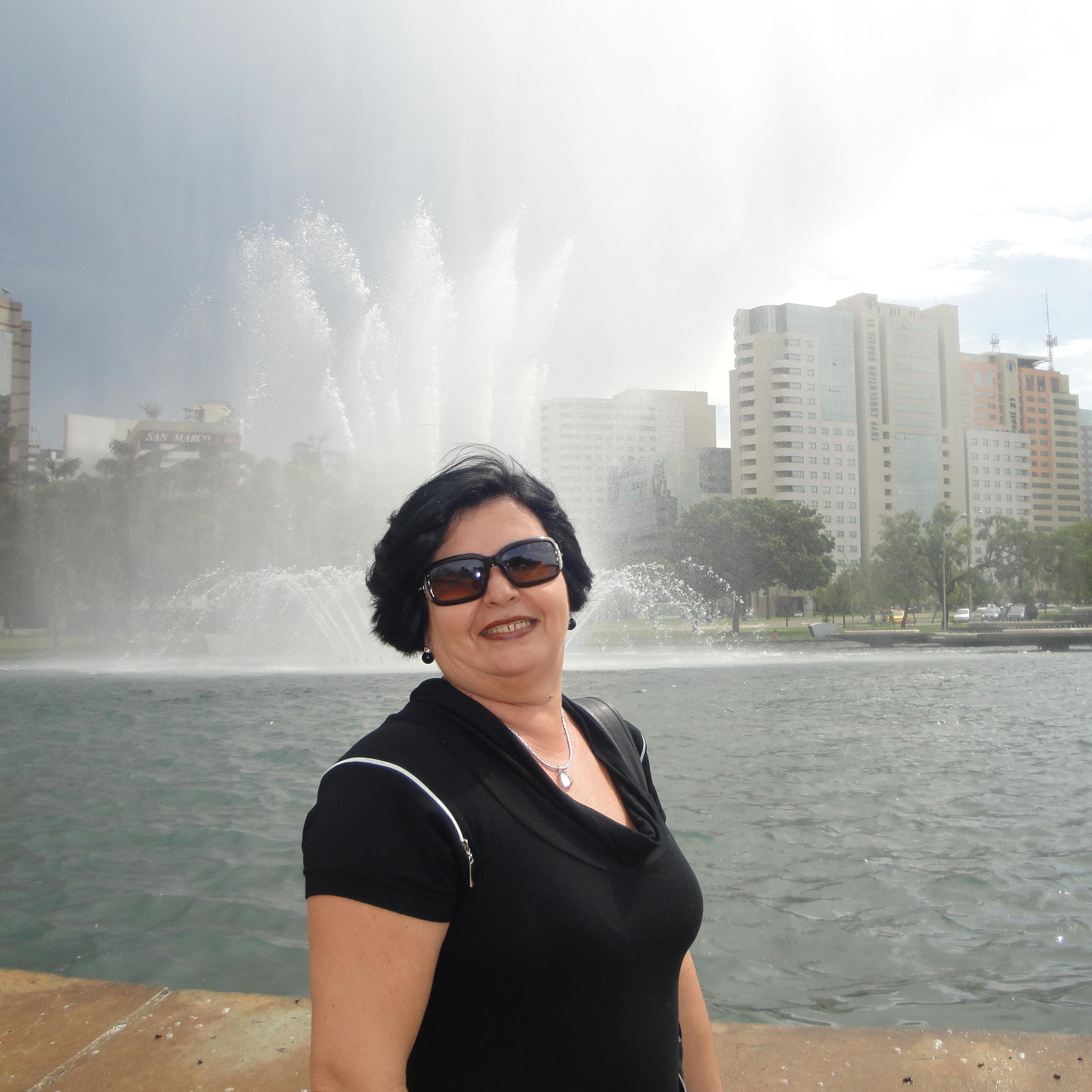 LUCIA R DA SILVA