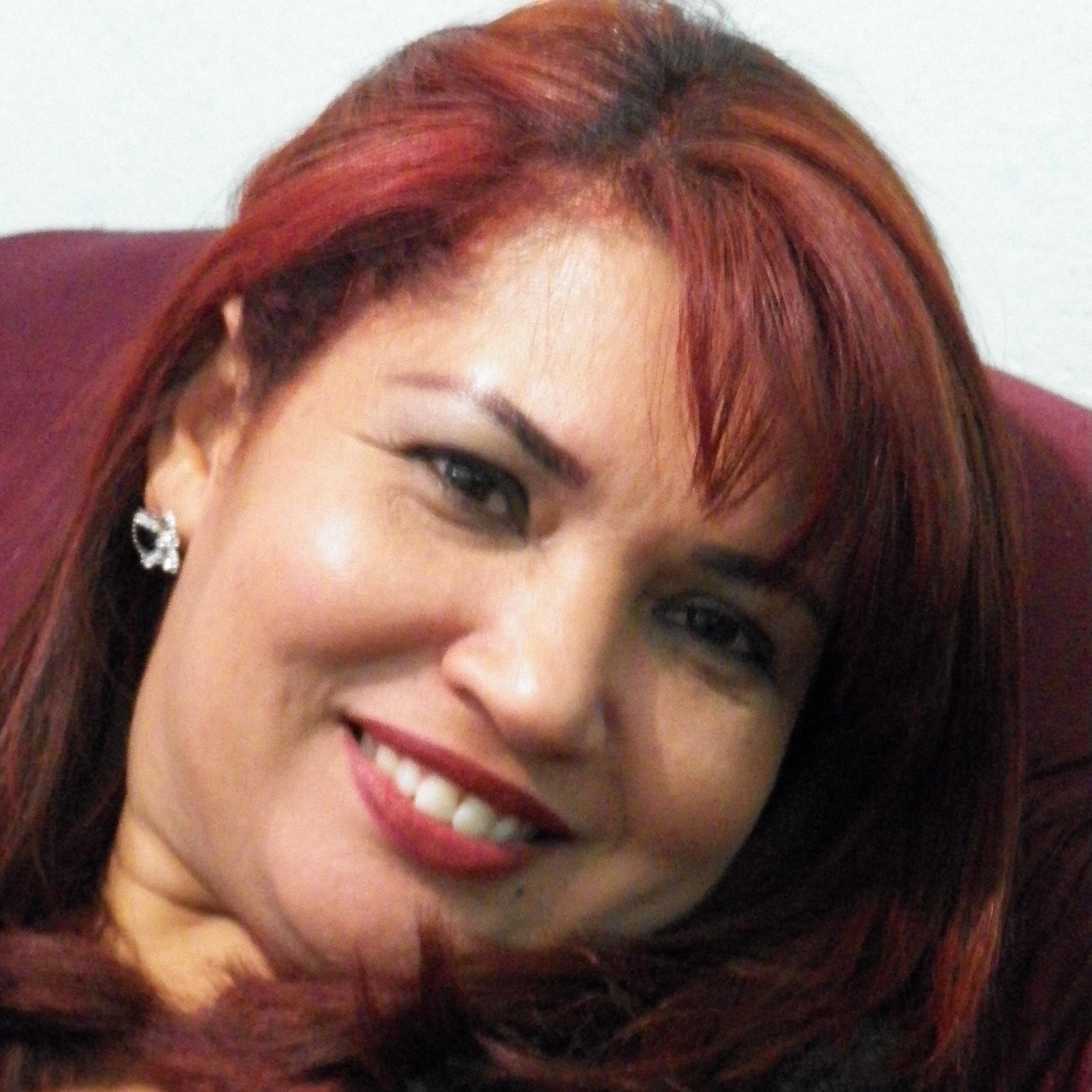 Adriana Magaine