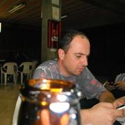 Elcio Barney Cruz