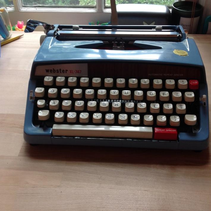 The Society Of Typewriter Enthusiasts Нšðš'𝚎 Нšœðš˜ðšŒðš'𝚎𝚝𝚢 Нš˜ðš Нšðš¢ðš™ðšŽðšðš›ðš'𝚝𝚎𝚛 НšŽðš—𝚝𝚑𝚞𝚜𝚒𝚊𝚜𝚝𝚜 Message Boards Nmg Members Hey guys, in this tutorial you will learn simple & quickest way to do typewriter text effect in adobe after effects. nmg members