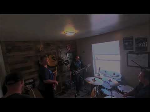 The Rowdy Berry Band cigarbox guitar set clips.