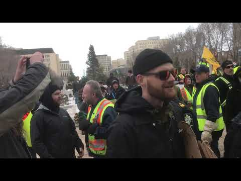 EDMONTON YELLOW VESTS VS ANTIFA COMMUNISTS