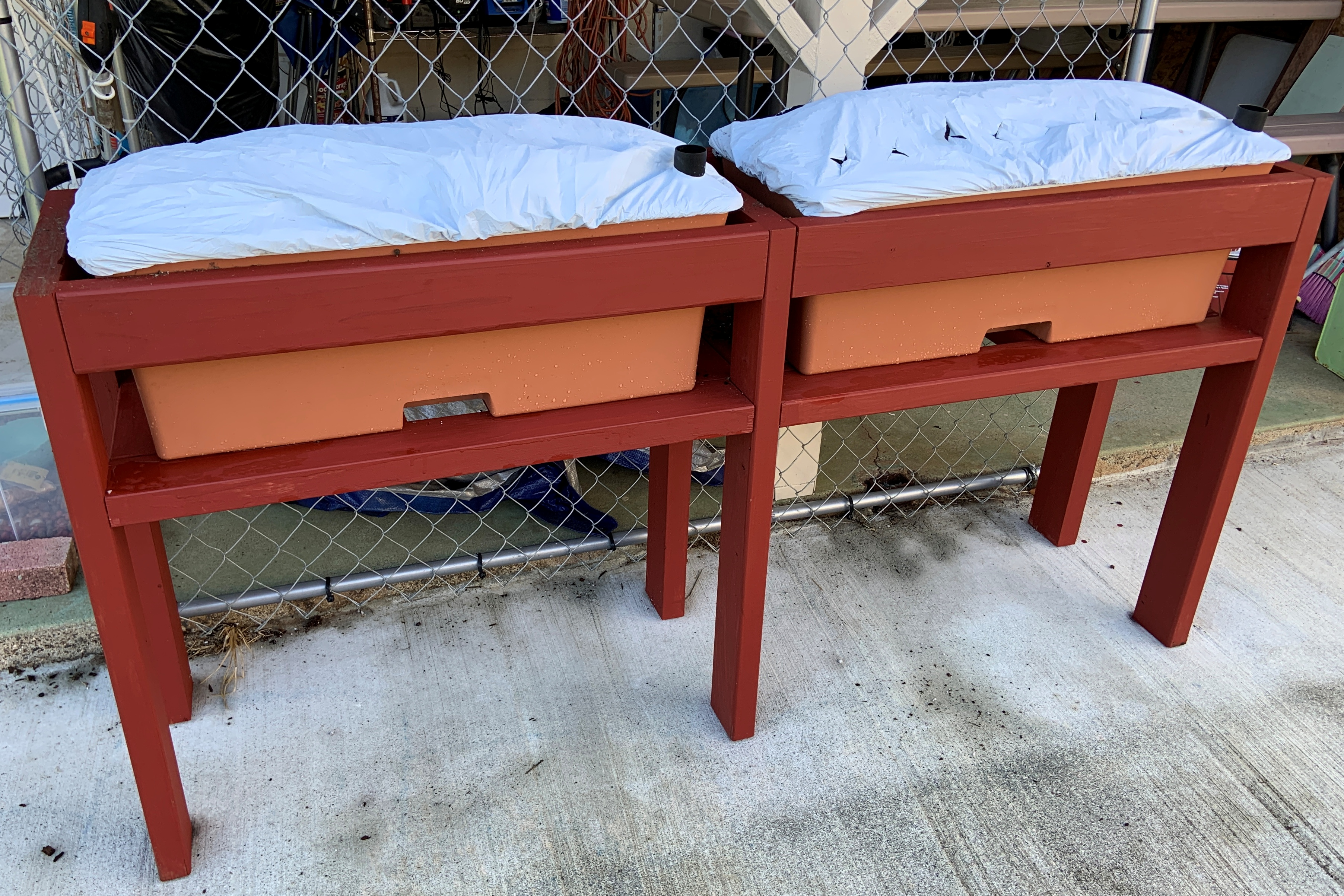 Earthbox Stand DIY