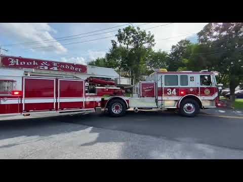 Paxtonia, PA Ladder 34 Responding