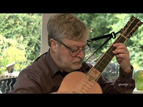 Robert de Visée, suite D minor. Lex Eisenhardt baroque guitar