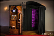 wedding-bride-groom-steampunk-wedding-photo-booth-corporate