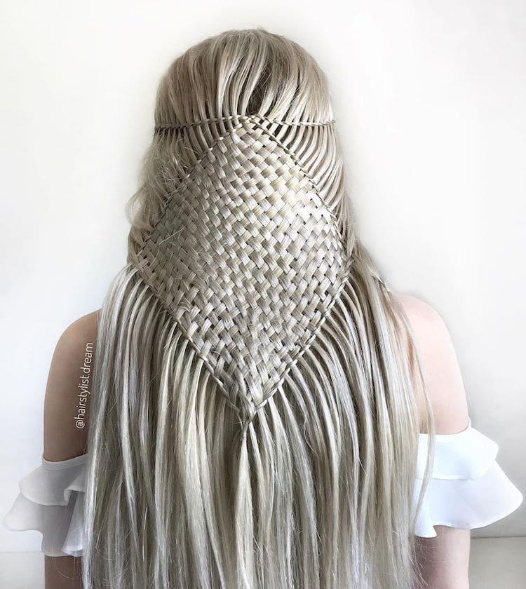 ვარცხნილობა, დეკორი, დიზაინი, თმა, ნაწნავი, ბლოგი, არტი, qwelly