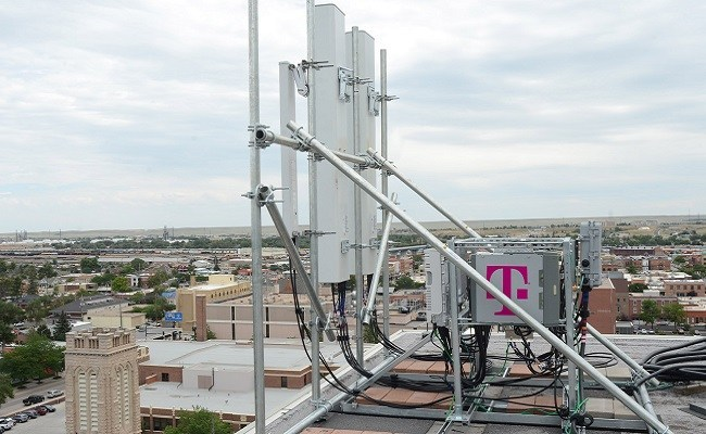 T-Mobile strikes massive deal with American Tower