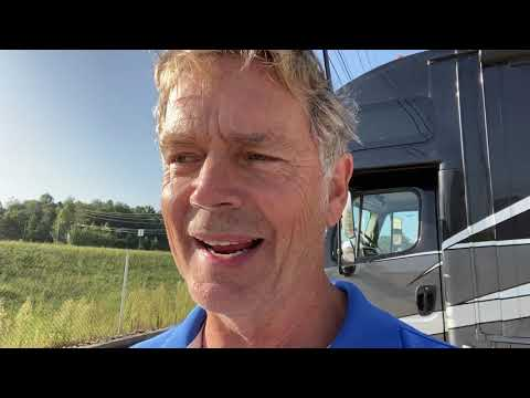 Bo Duke and his summary while fueling his RV