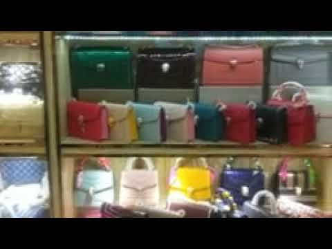 Wholesale Handbags & Purses & Bag Manufacturers - MerchantShowroom