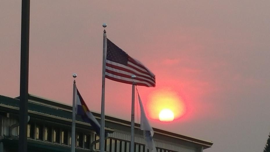 Flag Sun Smoke